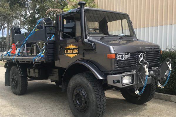 All-terrain heavy transport vehicle